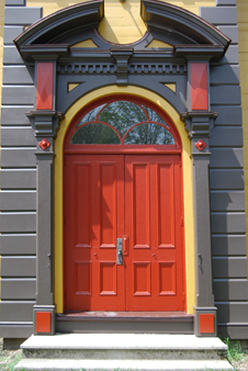 is183 entry door